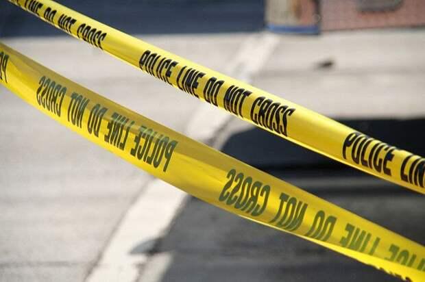 Четыре человека погибли при падении самолёта на жилой дом в США