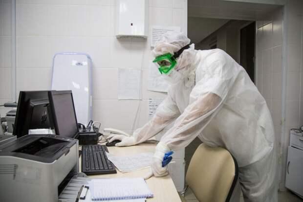 100 случаев коронавируса выявили в Крыму за сутки