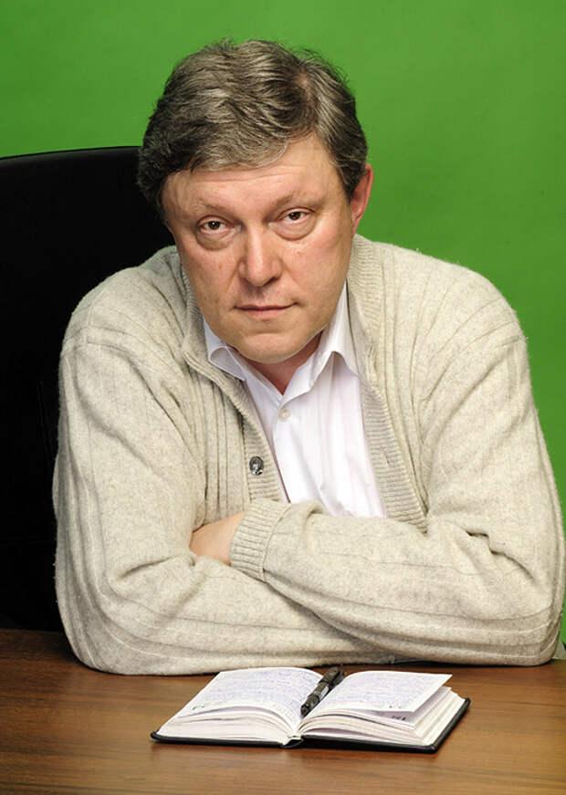 Явлинский: На Донбассе гибнут люди: в Кремле надеются, что боеприпасов хватит