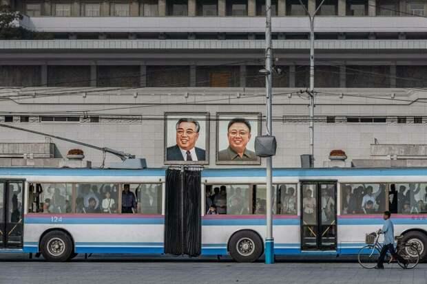 Все красивы и счастливы: парадоксальный вывод фотографа, побывавшего в Северной Корее