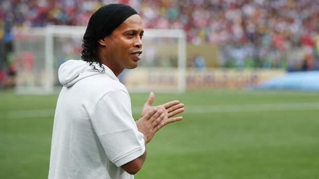 Роналдиньо снова арестован вАсунсьоне поделу оподдельном паспорте