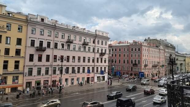 Петербуржцев в пятницу ожидают дожди и прохладная погода