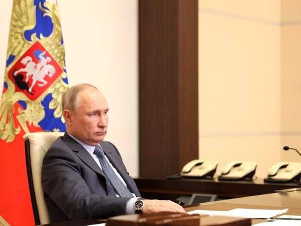 Путин наградил Чайку, семья которого фигурировала в антикоррупционных расследованиях, орденом «за заслуги перед Отечеством»