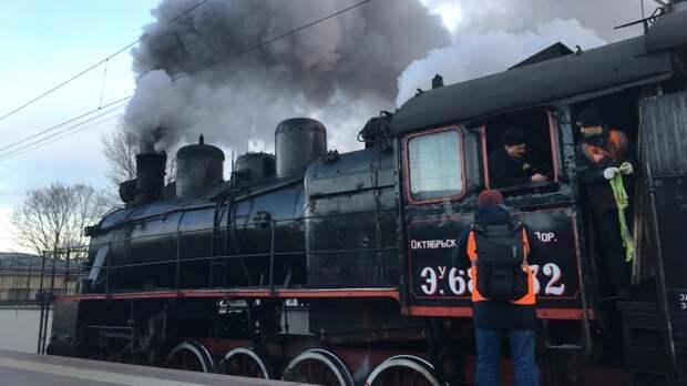 Калининградцев возмутила стоимость экскурсии на туристическом ретропоезде