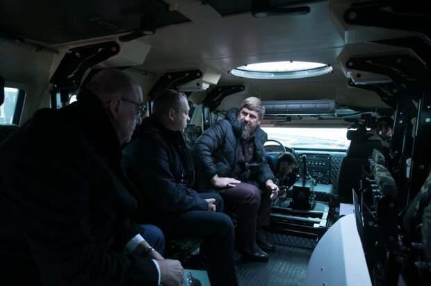 Рамзан Кадыров протестировал новый российский автомобиль