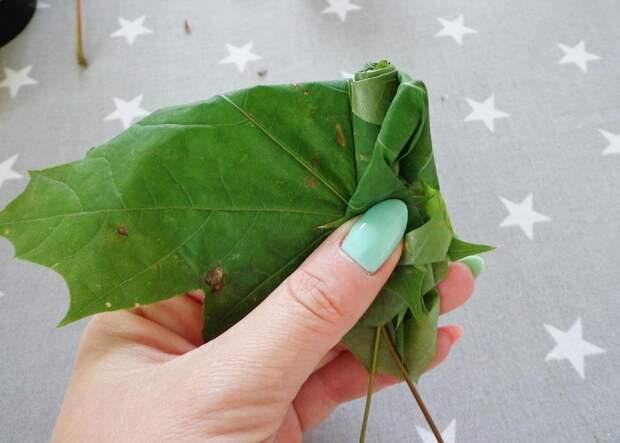 Роза из листьев пошагово 3