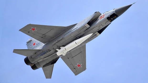 Тайное оружие России слишком быстро летает. На параде 9 мая показали не всё