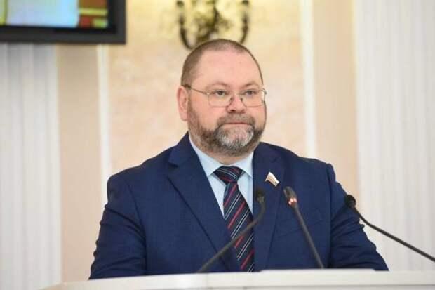 Олег Мельниченко рассказал, что будет с малокомплектными школами