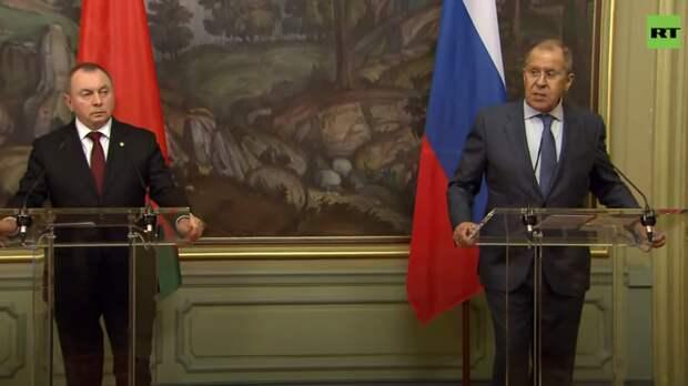«Важный, но символический жест»: Лавров оценил возвращение послов России и США