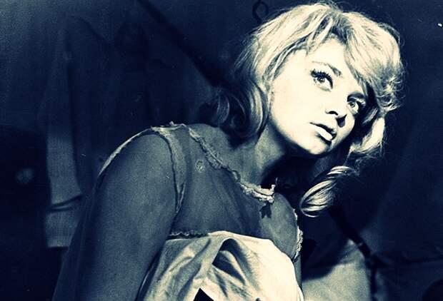 «Мне все предсказала гадалка»: блистательная жизнь и трагичный конец Натальи Кустинской, советской Брижит Бардо