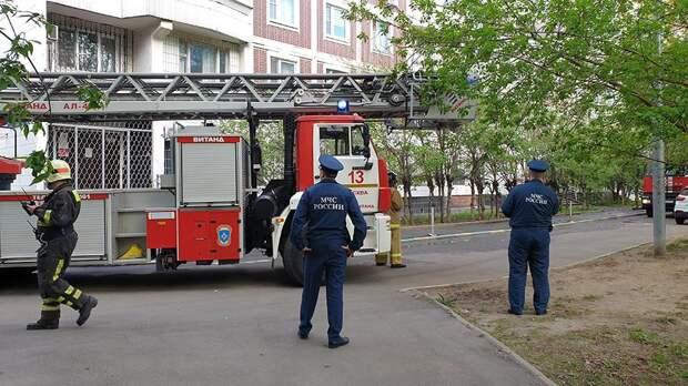 В Москве потушили пожар в доме на улице Большая Академическая