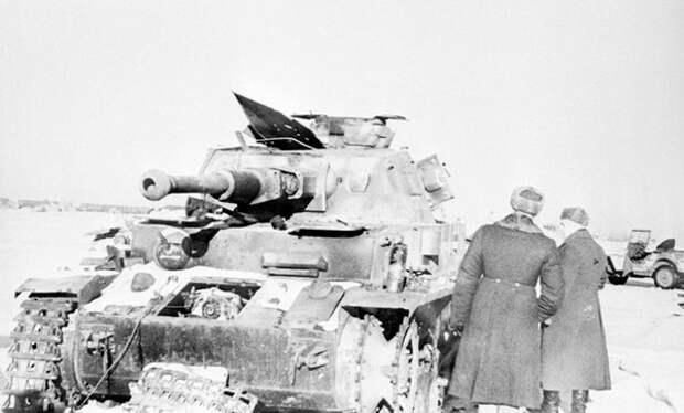 Подвиг Ильи Каплунова: как матрос уничтожил 9 немецких танков