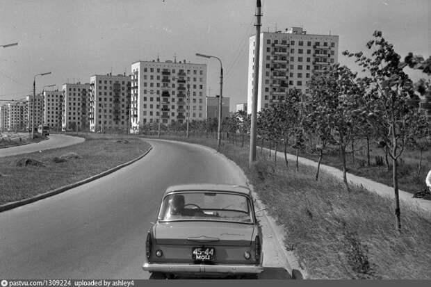 Фото дня: проезд Дежнёва в конце 60-х
