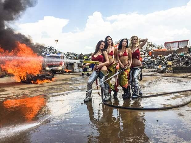 Девчонки — огонь: как снимали календарь FireGirls-2017 с сексуальными пожарницами