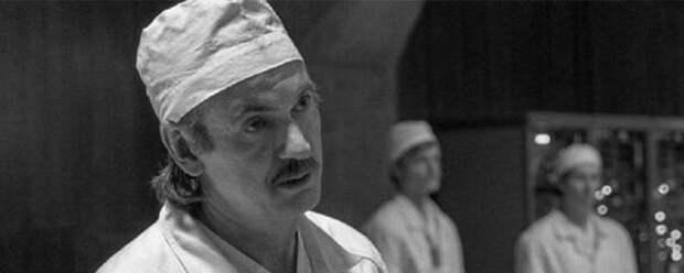 Умер звезда сериала «Чернобыль» Пол Риттер
