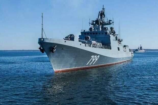 Черноморский флот несет дежурство в море из-за присутствия кораблей и самолётов НАТО в регионе