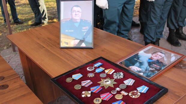 В Крыму простились с министром чрезвычайных ситуаций Республики, Сергеем Шаховым.