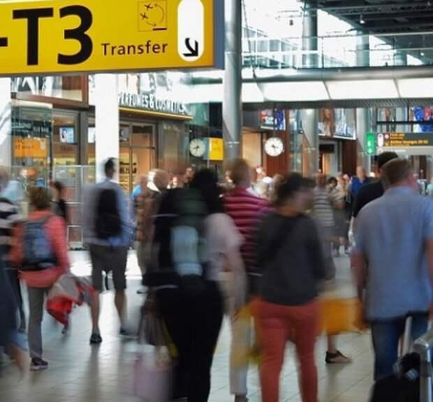 Евросоюз собирается разрешить въезд вакцинированным туристам, но есть нюанс