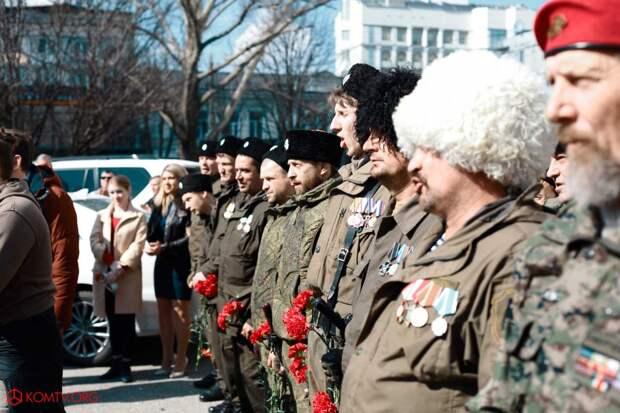 Глава ДНР Захарченко посетил Крым в годовщину референдума о присоединении к России 10