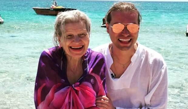 «Не вылезаем из постели»: Гоген Солнцев о сексе с 65-летней женой