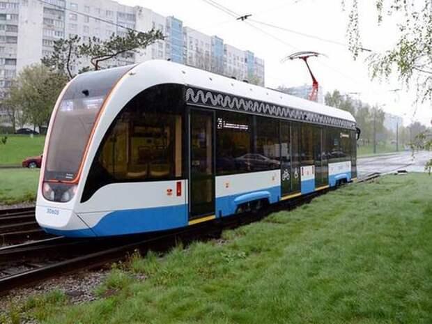 Первые односекционные трамваи запустили на маршруты на северо-западе Москвы