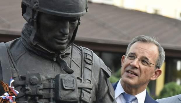 За новый визит в Крым Киев окрестил французских депутатов рецидивистами