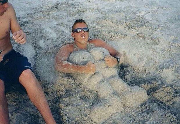 Лежу я на пляжу: чудовищно прекрасные отдыхающие, которых можно встретить на любомпляже