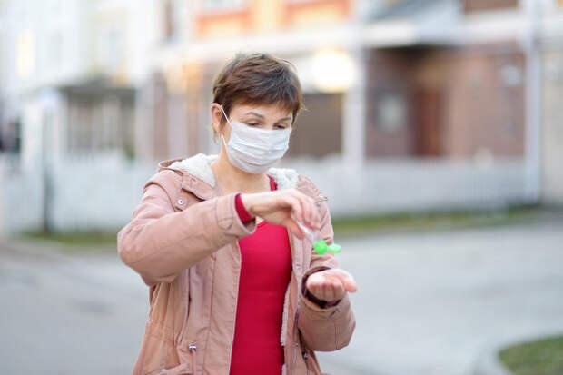Женщину 10месяцев непокидают симптомы коронавируса