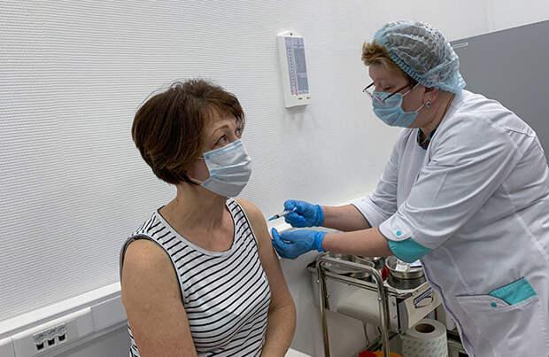 Когда вакцинироваться от ковида переболевшим и чем можно привиться повторно?