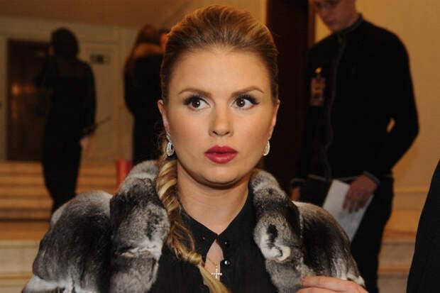 Анна Семенович заразилась коронавирусом