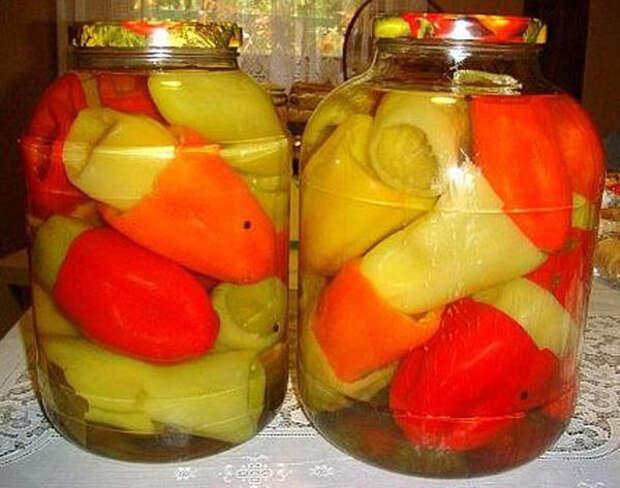 Заготовки перца для фаршировки, фото с сайта perchica.ru, автор не указан