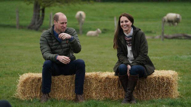 Кейт Миддлтон намекнула на чувства к принцу Уильяму с помощью наряда