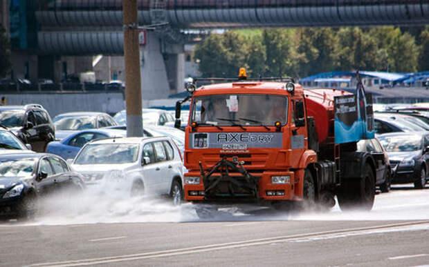 Поливальные машины — на грани добра и зла