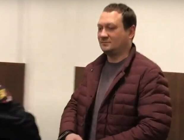 Подбросившим Голунову наркотики полицейским вынесли реальные приговоры, но заказчика не нашли