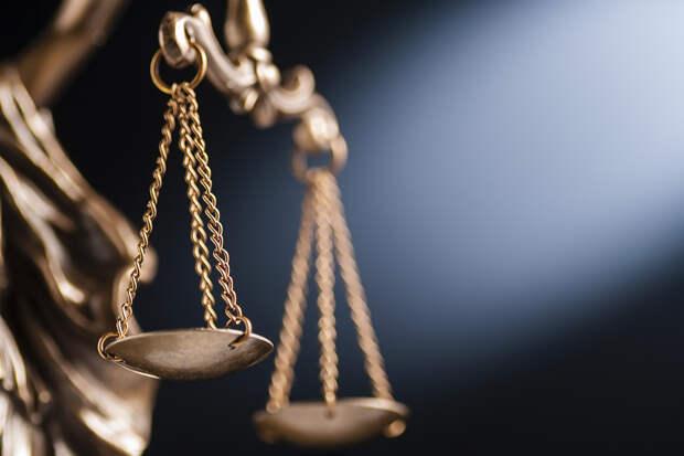 Суд в Мурманской области вынес приговор девушке, забившей камнем своего прадеда-ветерана