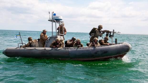 Хомчак: украинские военные не реагируют на провокации России в Черном море