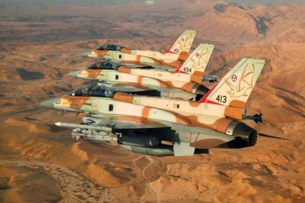 Avia.pro: израильские самолеты замечены в небе перед взрывом в Иране