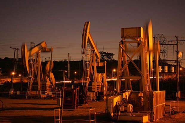 Нефтяной отрасли предсказали поражение в борьбе за энергетический рынок