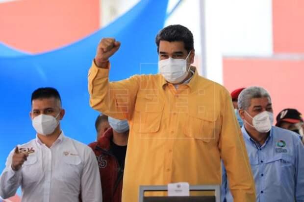 """CORONAVIRUS VENEZUELA - Maduro le exige a Biden que """"desbloquee el dinero de las vacunas"""" anticovid"""