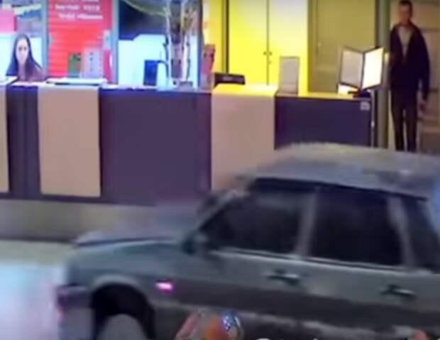 Неизвестное видео гонки в Казанском аэропорту