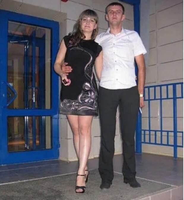 «Душили ремнём и били»: волгоградского ведущего свадеб нашли убитым у сгоревшей иномарки в Калмыкии