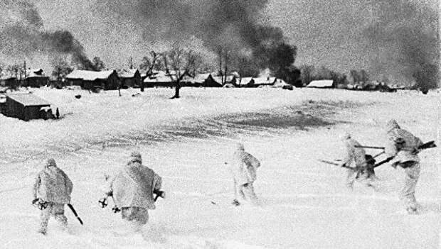«Продолжали стрелять из горящих домов»: сколько немцев уничтожили тринадцать героев Красновки