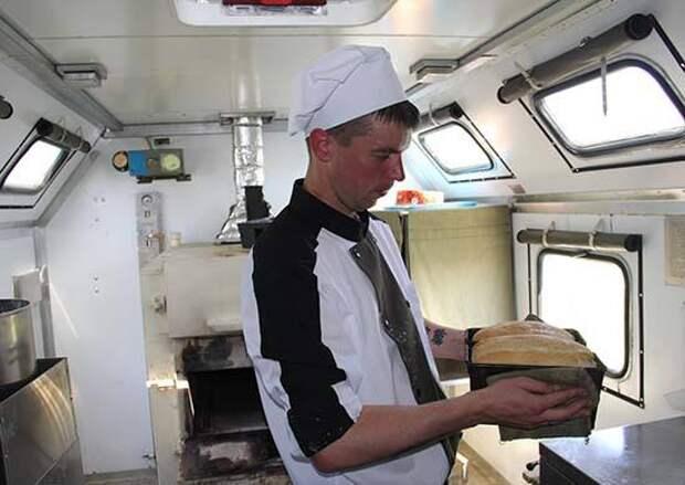 Шеф-повара ростовских ресторанов научили военных ЮВО готовить кулинарные изыски для полевой кухни