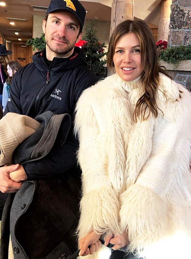 Даша Жукова опубликовала первый пост после свадьбы со Ставросом Ниархосом