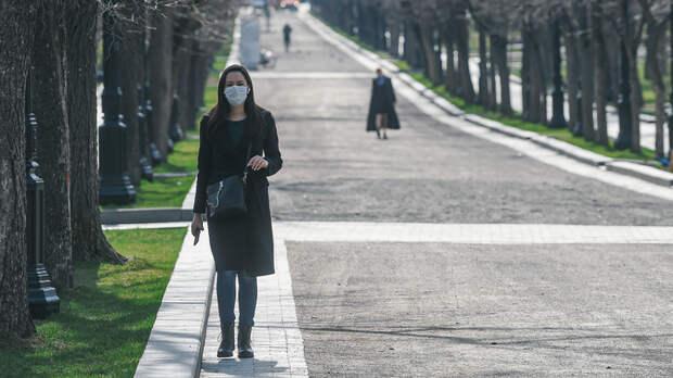 Больше двух тысяч заражённых за сутки: Россия поставила рекорд по COVID-19