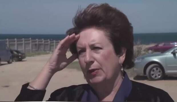 Снимите вышиванку госпожа Алтабаева!