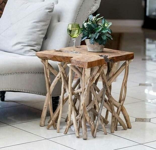 Столики из палок и веток