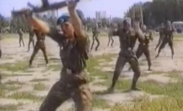 Рукопашная техника спецназа ГРУ: полковник показал видео с тренировкой