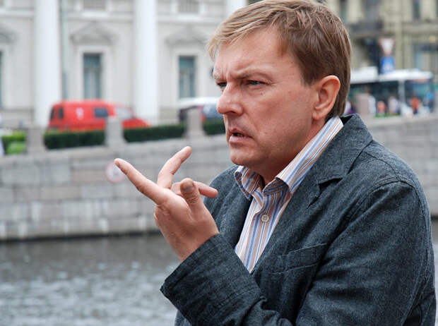 Забытые знаменитости 90-х. Алексей Нилов.