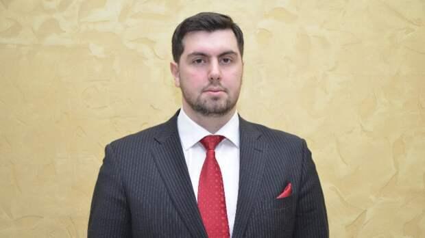 Правозащитник Ионов заявил о необходимости помогать задержанным в США россиянам